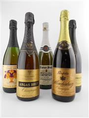 Sale 8454W - Lot 74 - 5x Sparkling Wines incl Penfolds
