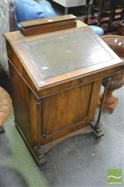 Sale 8326 - Lot 1423 - Reproduction Davenport With Green Leather Top