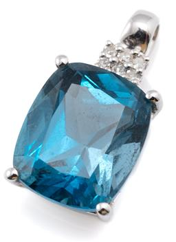 Sale 9128J - Lot 36 - A 14CT WHITE GOLD TOPAZ AND DIAMOND PENDANT; bead claw set with a modified rectangular cushion cut London blue topaz of approx. 7ct...