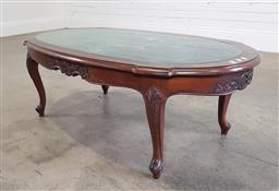 Sale 9188 - Lot 1301 - Marble top coffee table (h:42 x w:130 x d:66cm)