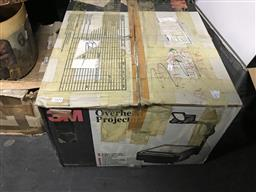 Sale 9101 - Lot 2162 - 3M 9000 Series Overhead Projector in Box