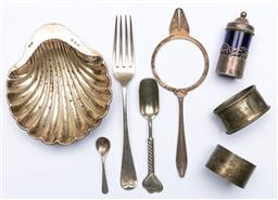 Sale 9144 - Lot 119 - A group of sterling silver items incl shell dish and napkin rings