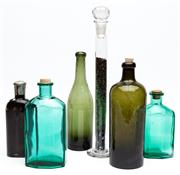 Sale 9054E - Lot 36 - A group of mainly green glass vintage bottles, some with corks, all unmarked. Tallest 35cm