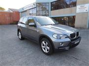 Sale 8277 - Lot 1001 - A 2007 BMW X5 7 seater Wagon  Registration Exp: 24/4/17 KMS: 96,657 Ext Colour: Grey Int Colour: Beige Engine: 3.0L Dies...