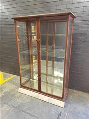 Sale 9014 - Lot 1016 - Early 20th Century Oak Display Cabinet, with two front glass panel doors, adjustable glass shelves & mirror back (H:183 W:126 D:50cm)