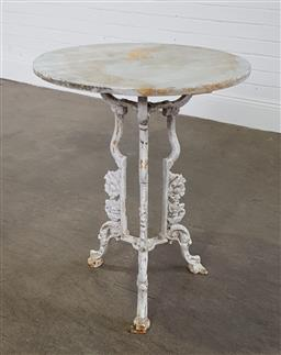 Sale 9255 - Lot 1496 - Cast iron occasional table with marble top (h:74 x d:60cm)