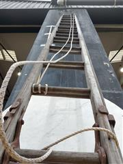 Sale 8740 - Lot 1194 - Timber Extension Ladder