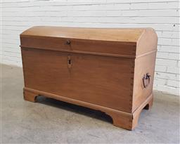 Sale 9126 - Lot 1224 - 19th Continental Oak Travel Trunk, with hinged domed top & tapering body on bracket feet (h:82 x w:126 x d:86cm) key in the office