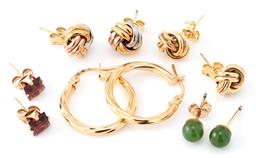 Sale 9140 - Lot 316 - FIVE PAIRS OF 9CT GOLD STUD EARRINGS; a pair 3 tone and pair plain knots, twist hoops with lever fittings, length 19mm, pair set wit...