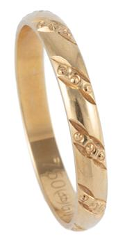 Sale 8974 - Lot 303 - AN 18CT GOLD BAND; 3mm wide rounded band with engraved pattern size S, wt. 2.66g.