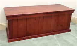 Sale 9190H - Lot 391 - A pine trunk with hinged top, Height 43cm x Width 112cm x Depth 44cm