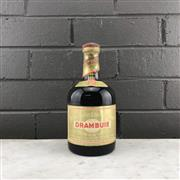 Sale 8976W - Lot 31 - 1x Drambuie Scotch Whisky Liqueur - old bottling