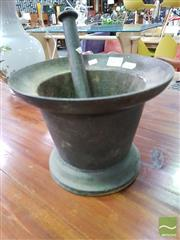 Sale 8550 - Lot 1475 - Antique Metal Mortar and Pestle