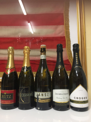 Sale 8677B - Lot 957 - Five bottles of sparkling wine including Petaluma, Chandon, Croser etc