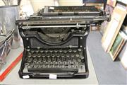 Sale 8169 - Lot 2272 - Underwood Typewriter