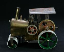 Sale 7907 - Lot 27 - Brass Steam Roller with Green Wheels (Length - 24cm)
