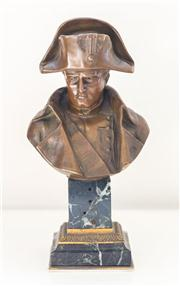Sale 8272A - Lot 28 - An antique French Napoleon Bonaparte bust, bronze on green marble base. Ht: 23 cm