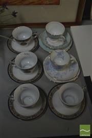 Sale 8407T - Lot 2490 - Selection of Cups Sets incl Tuscan, Stanley etc