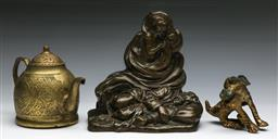 Sale 9144 - Lot 239 - Bronze figural group (H:16cm) together with a etched brass teapot (H:12cm) and a bronze foo lion (L:9cm)