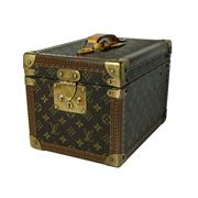 Sale 8697A - Lot 92 - A vintage French Louis Vuitton cosmetic vanity trunk case, with lift out box inside, H 20 x W 22 x D 30cm