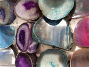 Sale 8979 - Lot 1071 - Tray of Mixed Agate