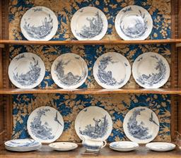 Sale 9248H - Lot 167 - Collection of blue and white plates 10 large, 4 medium,  7 small plus a gravy boat.