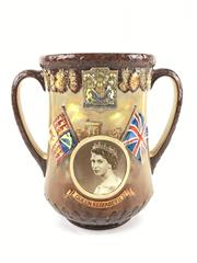 Sale 8545N - Lot 4 - Royal Doulton Loving Cup Queen Elizabeth II, 218/1000 (H :27cm)