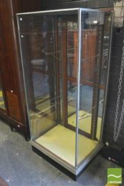 Sale 8375 - Lot 1055 - Vintage Glass & Mirrored Collectors Cabinet