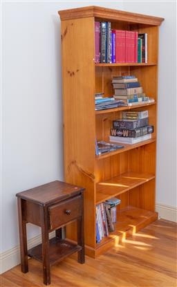 Sale 9190H - Lot 443 - A pine open book shelf with four shelves, Height 185cm x Width 98cm x Depth 33cm, together with a side table with single drawer