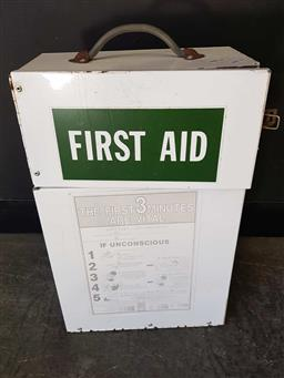 Sale 9176 - Lot 2281 - First-Aid metal wall hanging cabinet