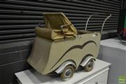 Sale 8532 - Lot 1150 - Art Deco French Baby Carriage