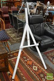 Sale 8465 - Lot 1652 - Timber Easel
