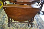 Sale 8093 - Lot 1816 - Victorian Mahogany Gateleg Dropside Table
