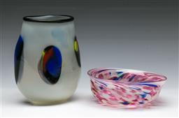 Sale 9148 - Lot 21 - An art glass vase (H 17cm)  together with An art glass bowl (Dia 15cm)