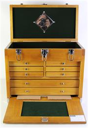 Sale 9086 - Lot 20 - A Timber Travellers Lockable Jewellery Case with Multi- Fitted Drawers (H:41cm x W:51cm x D:27cm)