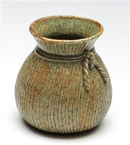 Sale 9253 - Lot 291 - A studio potted vase with rope effect (H:16cm)