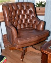 Sale 8048A - Lot 97 - A Smith and Co. buttoned brown leather swivel office chair. 104 (h) x 78 (w)