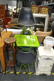 Sale 8019 - Lot 1022 - Metal Outdoor Suite with Table and 4 Chairs