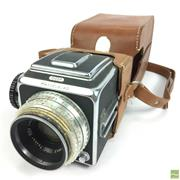 Sale 8648A - Lot 35 - Hasselblad 1000F Vintage Camera