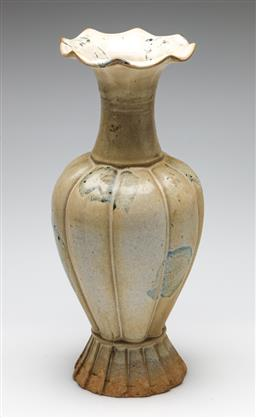 Sale 9253 - Lot 262 - A segmented Chinese vase with ruffle rim (H:35cm)