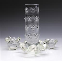 Sale 9098 - Lot 259 - Group of Glassware inc Floral Themed Vase (H 23.5cm) and Leaf Form Dishes