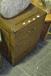 Sale 8013 - Lot 1079 - Small 3 Drawer Chest