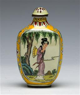 Sale 9144 - Lot 269 - Chinese enamelled snuff bottle featuring river scene (H:8cm)