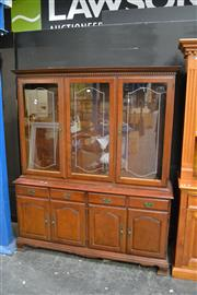 Sale 8031 - Lot 1019 - Glass Door Sideboard w 4 Doors & 4 Drawers