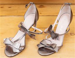 Sale 9165H - Lot 96 - A pair of Alannah Hill strappy bow kitten heels in antique silver, size 36