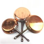Sale 8872C - Lot 28 - Good Quality French Copper Frying Pans (3), diameter of largest 24cm