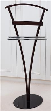 Sale 8990H - Lot 72 - A timber and glass valet stand, Height 110cm