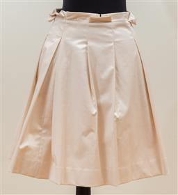 Sale 9165H - Lot 95 - An Alannah Hill high waisted pleated skirt Kiss Me Monsuiri in pale pearlescent pink, size 6-8