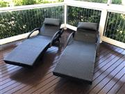 Sale 8858H - Lot 91 - Pair of Rattan Lounge Chairs including Head Cushions, new, H 44 x L 190 x W 71 cm -