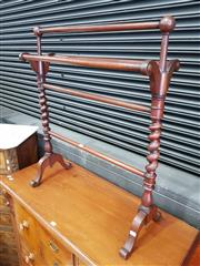Sale 8814 - Lot 1024 - Victorian Mahogany Towel Rail, with barley twist supports